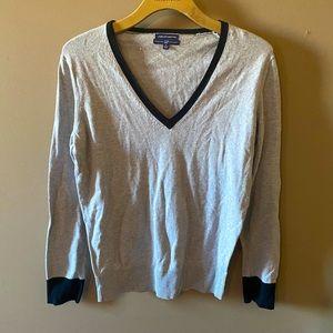 Gap v-neck cashmere blend sweater